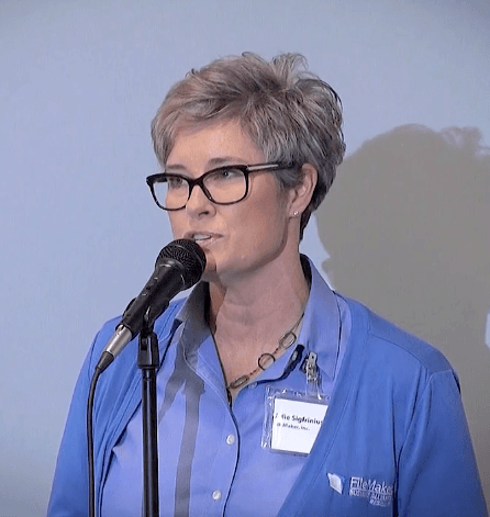 julie-sigfrinius-at-grand-opening-event